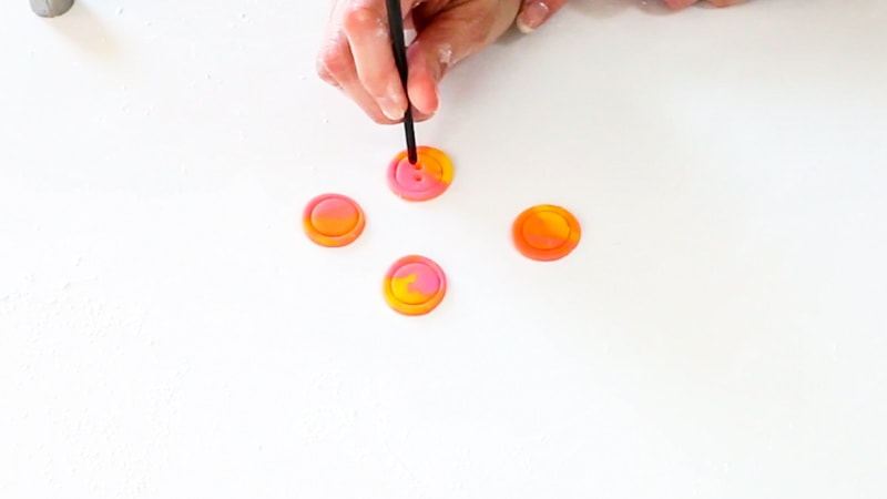 Adding button holes to fondant buttons