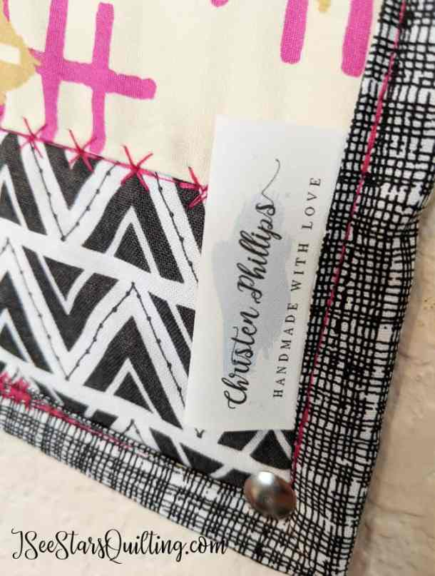 4 Important Things To Include When You Gift A Quilt I See