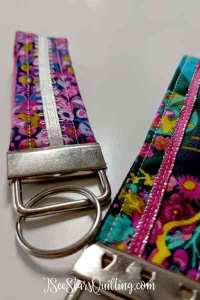 DIY Easy Key fob project sews up super fast and is perfect for teens, pre-teens and happy people of all skill levels! These are such a fun DIY gift... AND an amazing scrap stash buster!