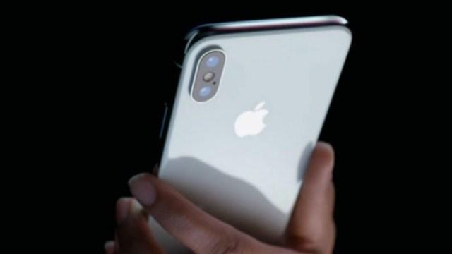 iPhone X color plata (blanco)
