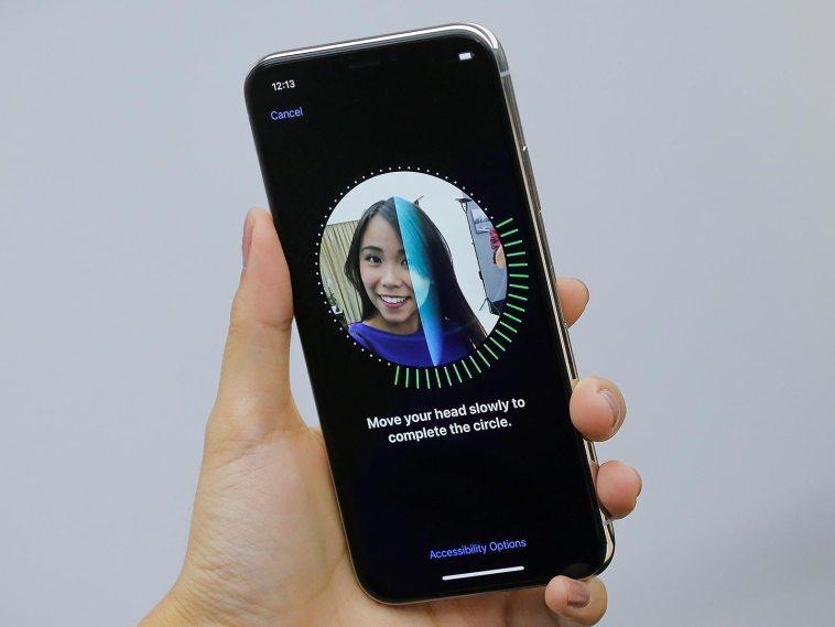 Haz que tu iPhone vibre cuando verifiques tu cara con Face ID