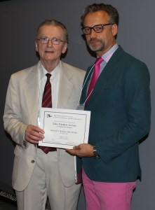 Bart Leroy presents certificate to Richard Weleber to commemorate his delivery of the second Jules Francois Lecture