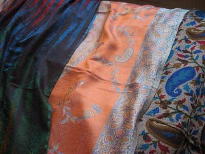 Himroo shawls