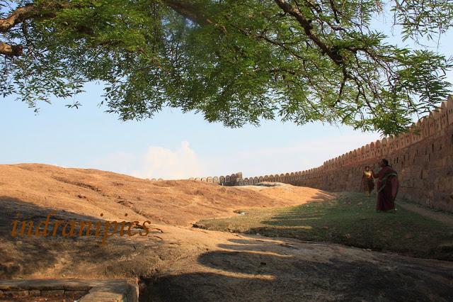 Thirumayam fort karaikudi fort wall 3