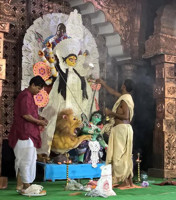 Maha Shashti of Durga Pujo 2015