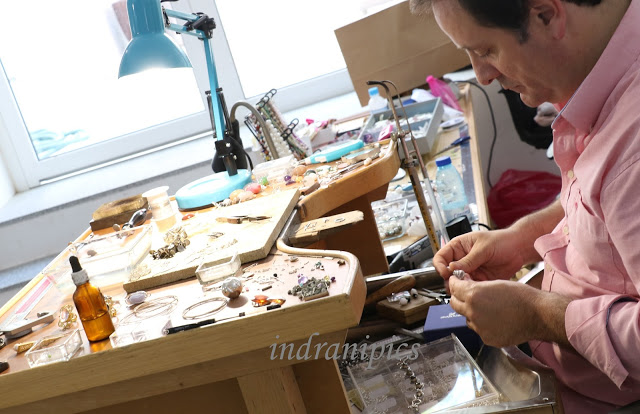 hand_crafted_jewelry