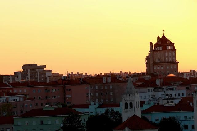 Sunrise_Lisbon_1