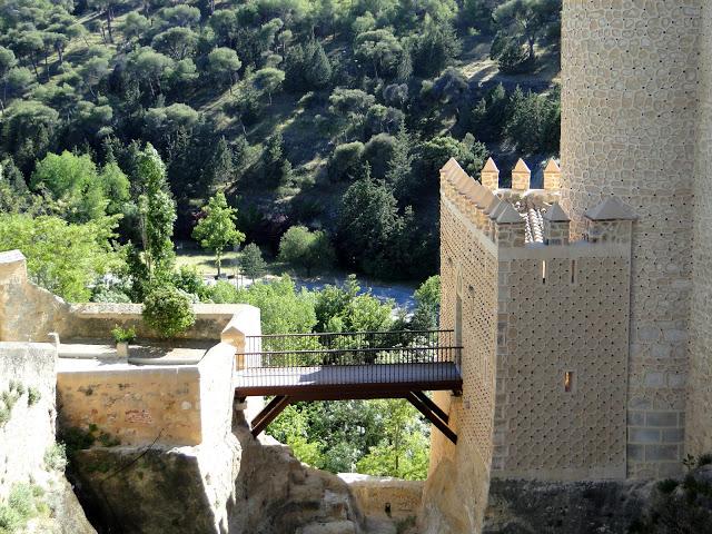 Alcazar-of-Segovia-ndranipics-2