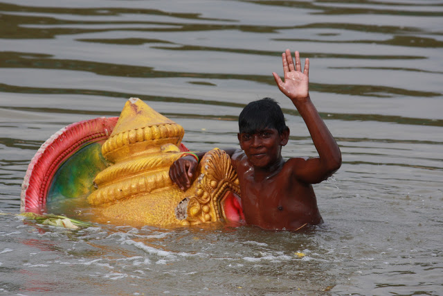 ganesha-immersion-faces-of-india