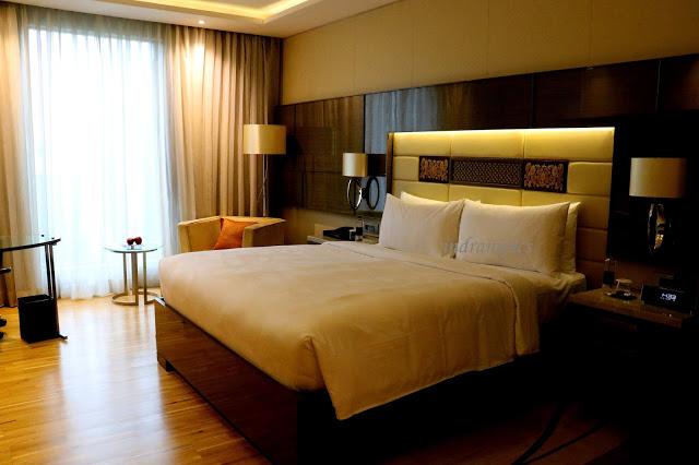 Stay at JW Marriott Mumbai Sahar Room