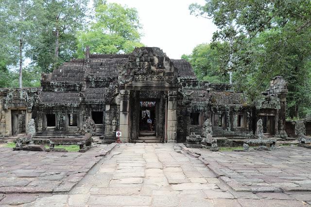 Banteay Kdei Temple Tour