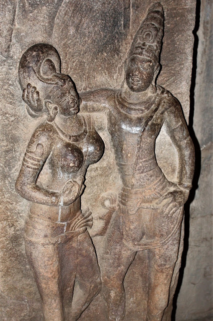 Hairstyles in Ancient Indian Sculptures from Patadakal2
