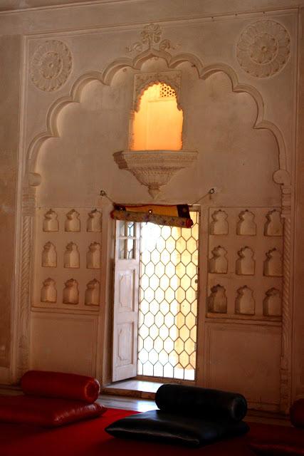 queens-balcony-meharangarh-fort