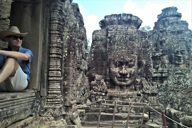 Smiling Faces of Bayon Temple and tourists1