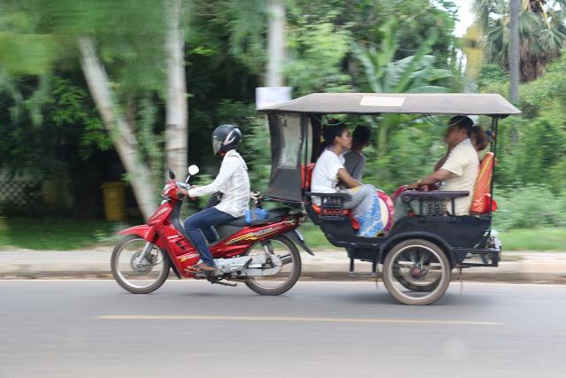 Tuk Tuk drivers Angkor Temple