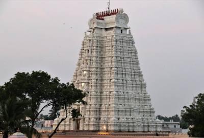 Vellayi Gopuram Srirangam