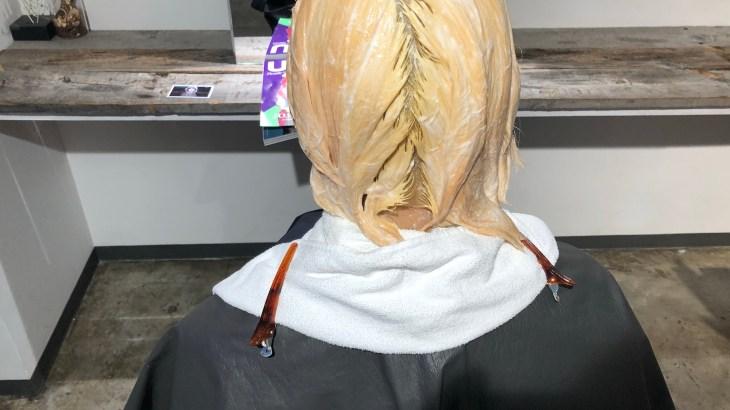トリプルカラーでブロンドに!!髪に優しいブリーチの重ね方で作るハイトーンカラー