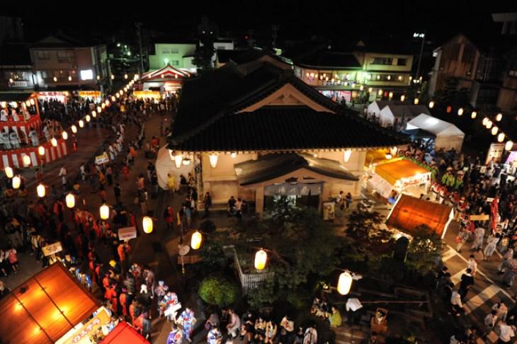 img via kazundo.exblog.jp「こいこい祭り」