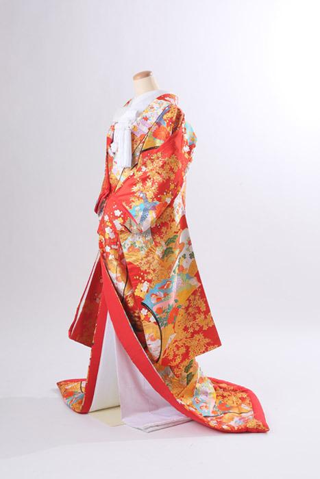 前撮りフォトウエディングが出来るISHIKURI PHOTO STUDIOの着物