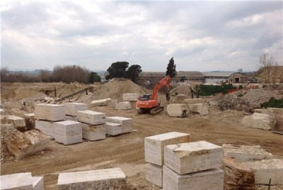 travertino-toscano-quarry-quarry1-2443b