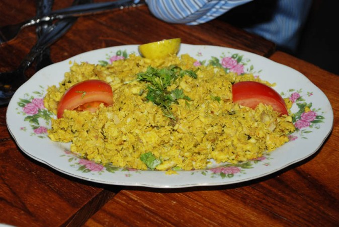 Jesheed – Baby Shark cooked with onions and Arabic spices, crumbled and served with White Rice.