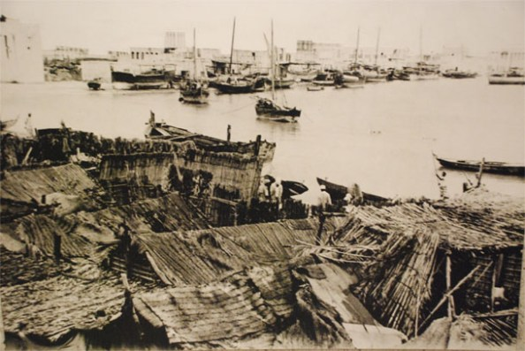 Picture taken by me in the Dubai Museum – it shows Dubai in the early 20th century