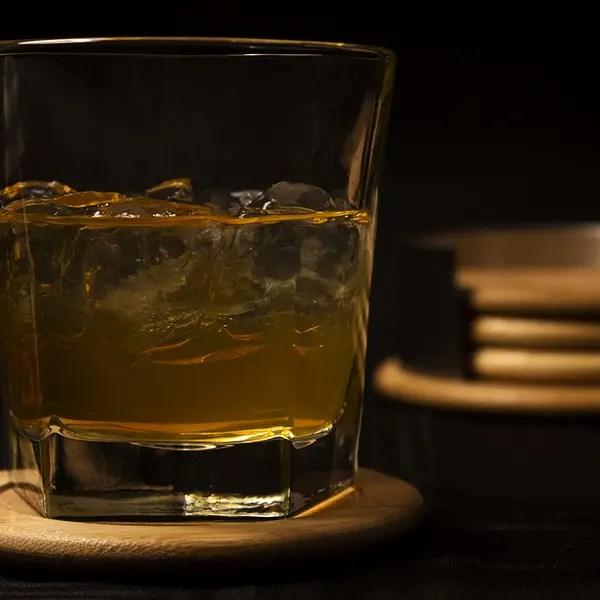 アルコールの提供