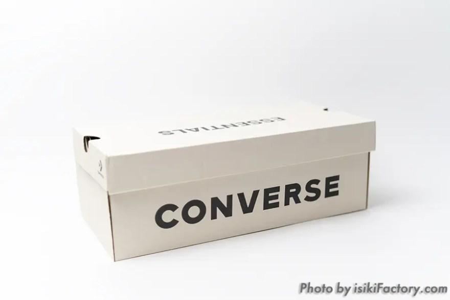 大きく「CONVERSE」の文字
