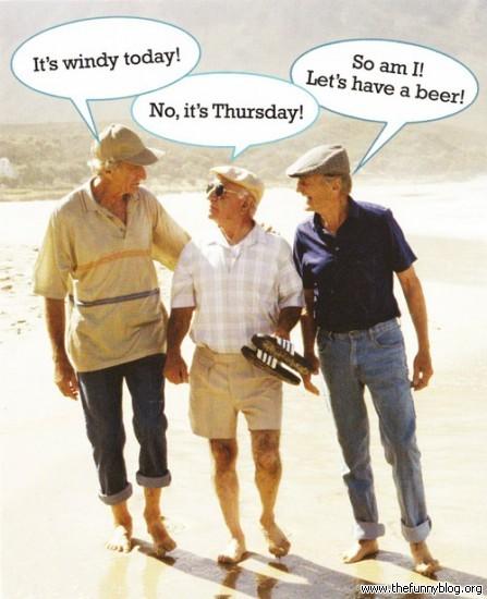 funny-three-old-men-conversation-pics-divertidos-tres-ancianos-447x550