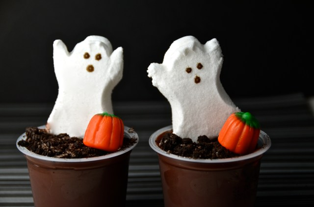 Ghostly Graveyard Pudding Cups