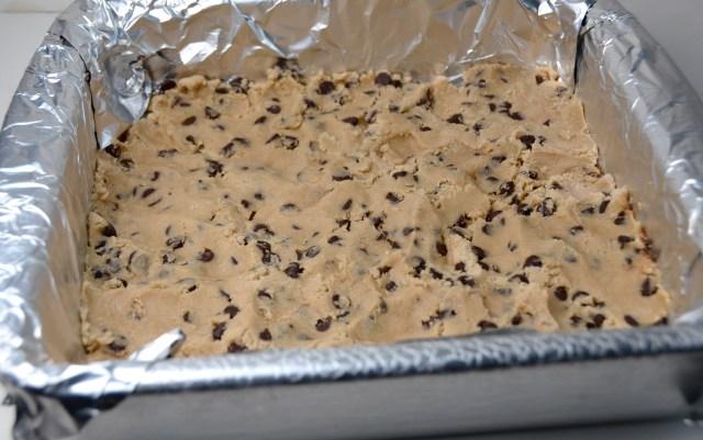 Cheesecake Stuffed Chocolate Chip Cookie Bars