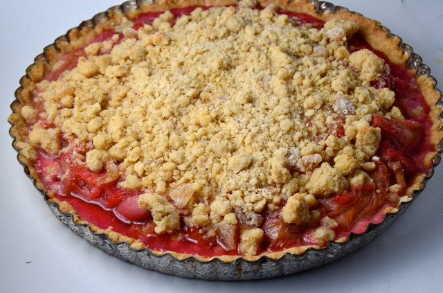 Roasted Rhubarb And Ginger Streusel Tart