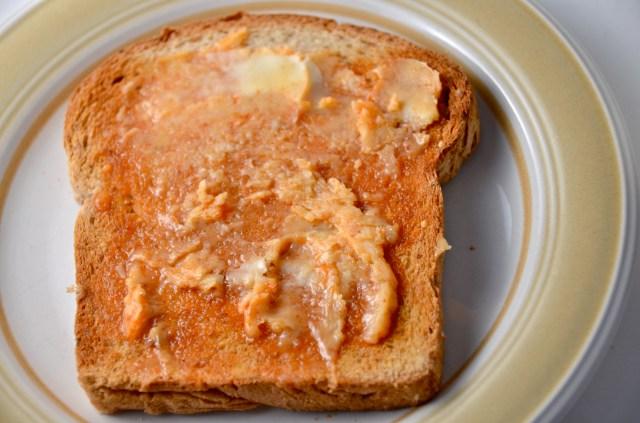 Toast With Sriracha Honey Butter