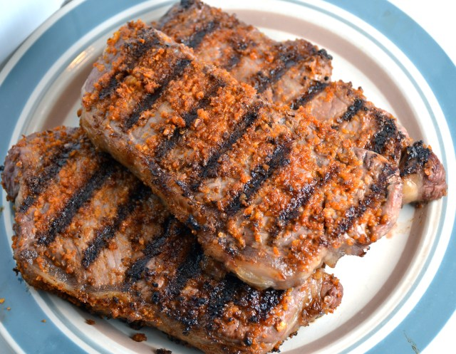 Onion Crusted Grilled Steak