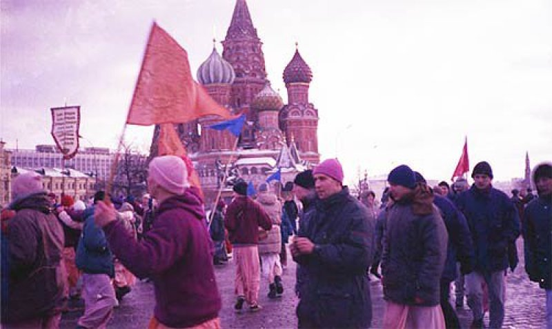 ISKCON News: Moscow Celebrates First Ratha Yatra in Nine Years [Article]