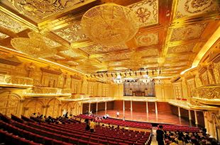 「金」放閃!我跟音樂廳戀愛了,珠海華發中演大劇院
