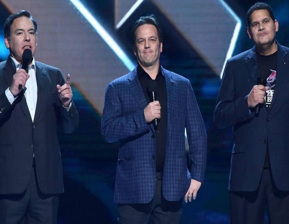 Los máximos responsables de Nintendo, Microsoft y Sony mandando un mensaje de unidad en los Game Awards