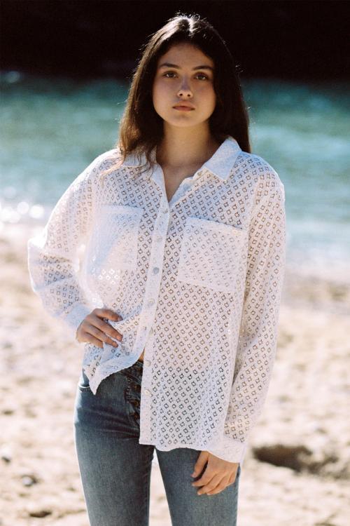 Oversized Lace Blouse Tarida – White
