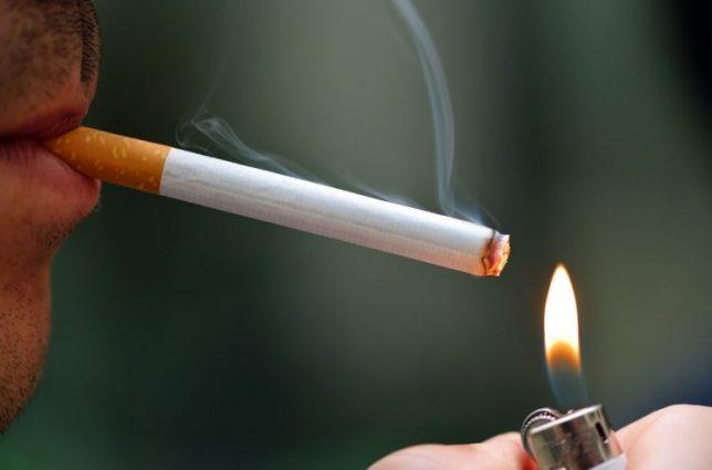 merokok merugikan orang lain