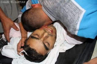 nov-17-2012-gaza-under-attack-israel-by-omar-al-katta-598636_495678020465825_1482026530_n