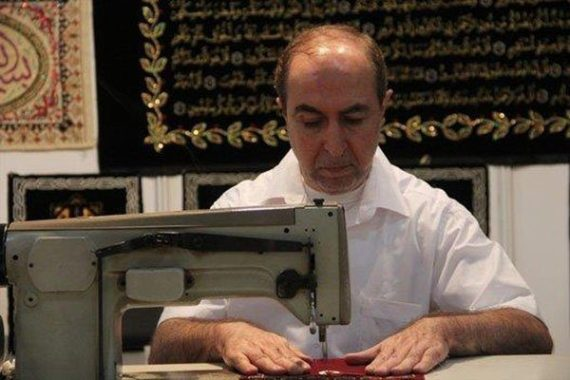 man-who-wrote-quran-with-gold-5