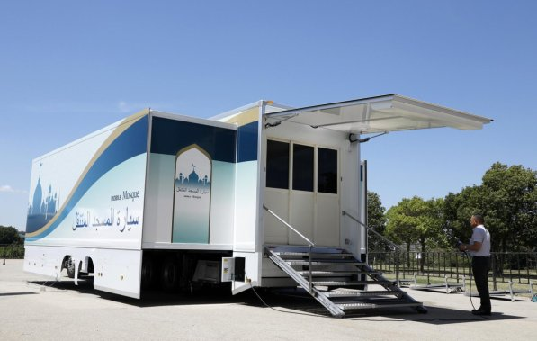 mosque on wheels