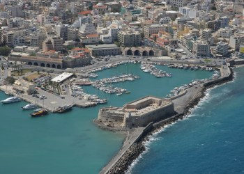 puerto Heraclion creta