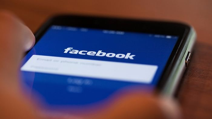 Facebook Used Phone Camera for Spying on Instagram Users: Report