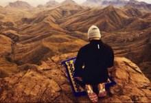 Photo of Kisah Ahli Ibadah dan Orang Fasik