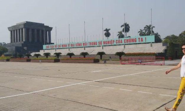 Vietnam, Ho Chi Minh dan Napak Tilasnya