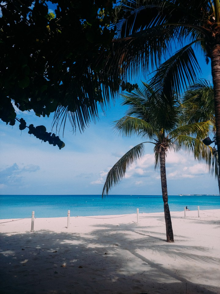 The Pros & Cons of Expat Island Life