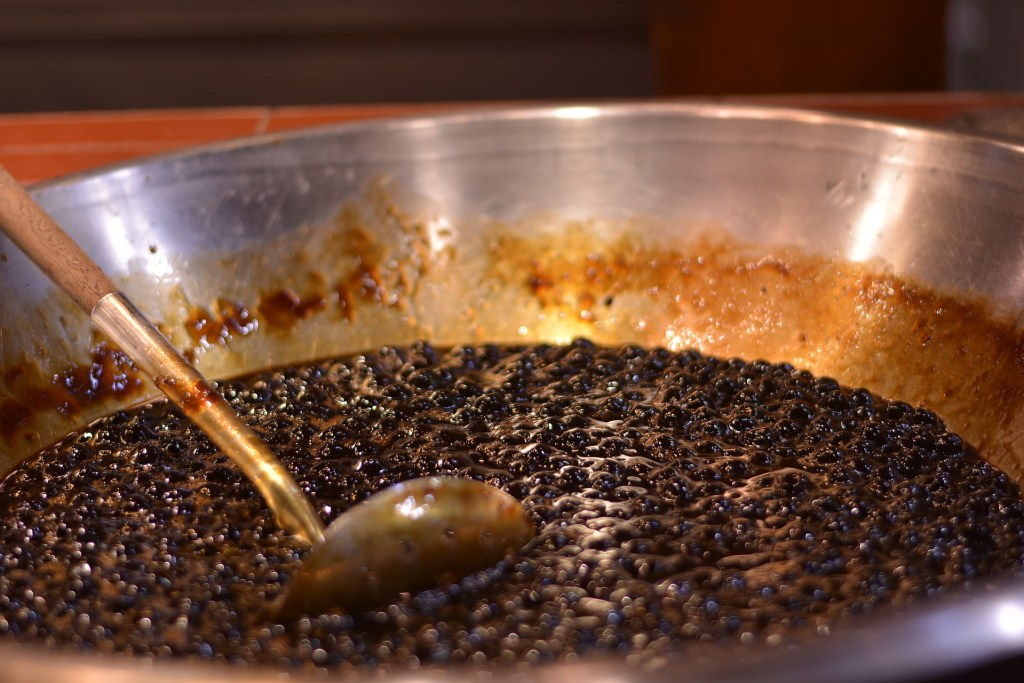 Photo: Tapioca pearls being prepared for making bubble tea