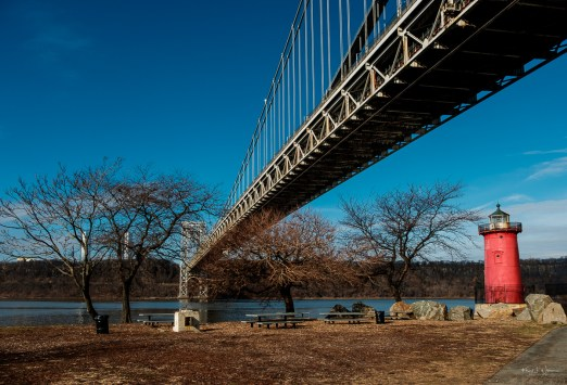 George Washington Bridge and The Little Red Lighthouse — FujiFilm X-T2 + Fujifilm XF18-135mmF3.5-5.6R LM OIS WR @ (18 mm, f/8.0, ISO200), Copyright 2019-01-12 Khürt L. Williams