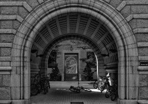 Brown Hall at Princeton University, Princeton, New JerseyNikon D40 + Nikon 35 mm f/1.8 @ (35 mm, f/6.3, ISO200), © Khürt Williams